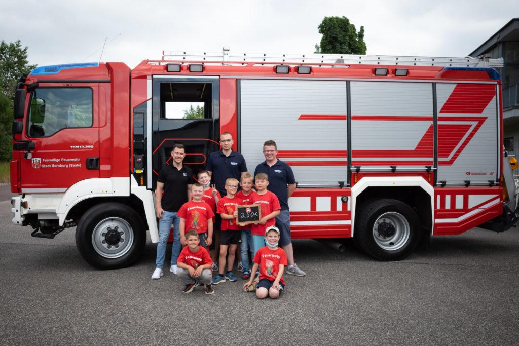 Spendenübergabe Kinderfeuerwehr Bernburg